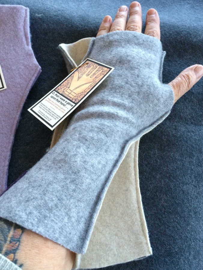 finger-less felted cashmere gloves